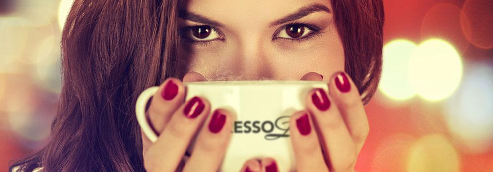 Woman_espresso_due_slide